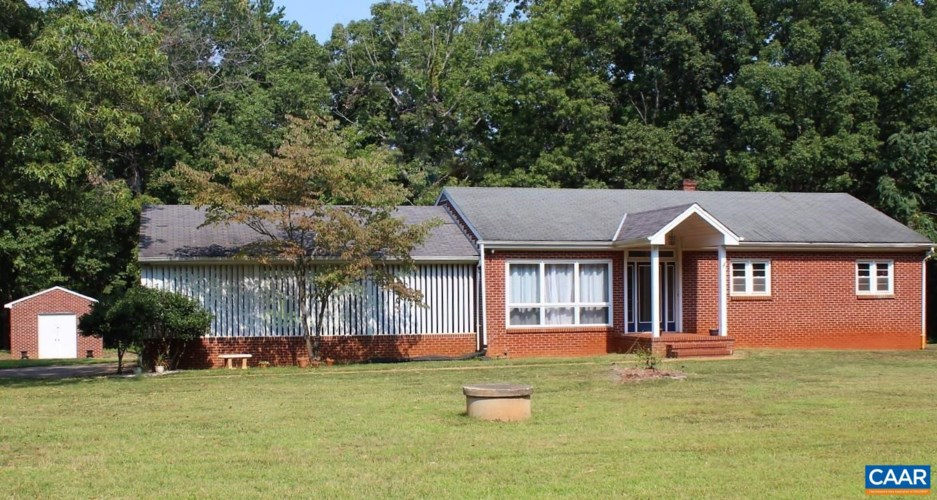 10375 ANDERSONVILLE RD, DILLWYN, VA 23936
