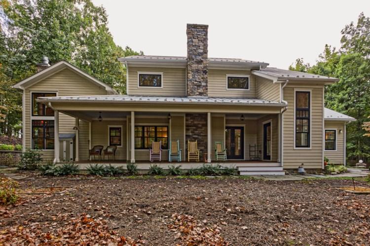 75 Double Oak Ln, Lexington, VA 24450