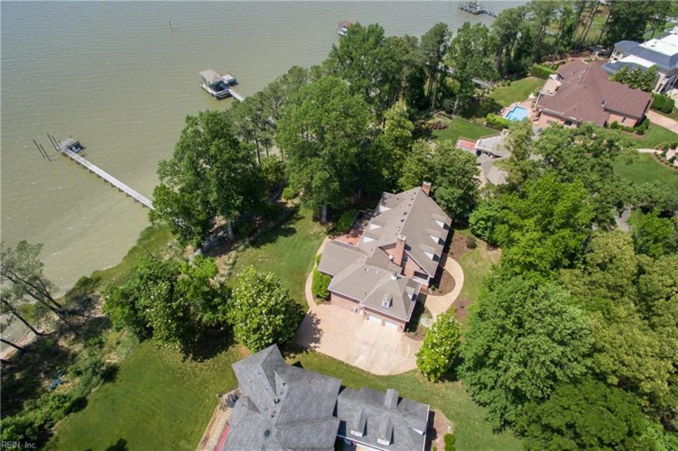 5261 River Club DR, Suffolk, VA 23435