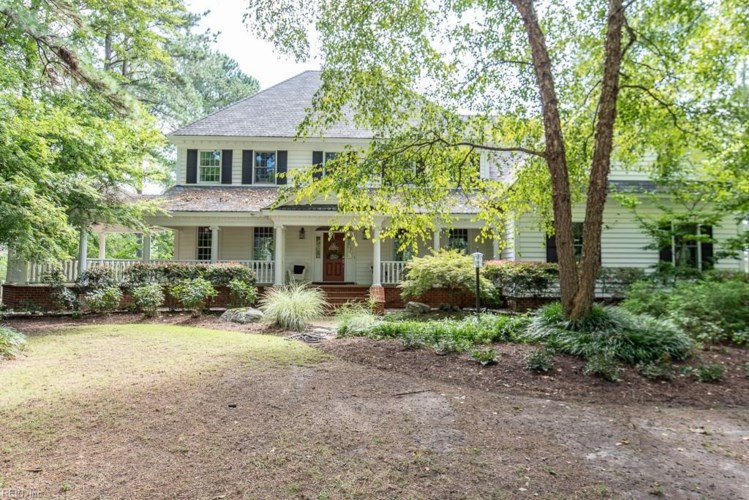 1405 Black Walnut CT, Chesapeake, VA 23322