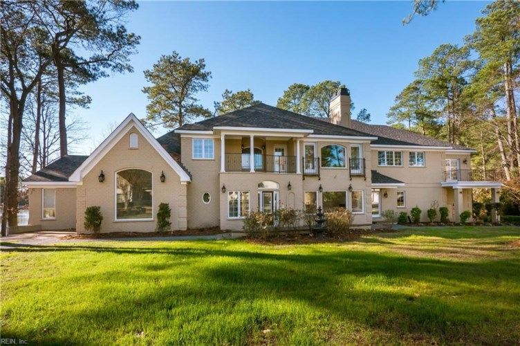4137 Hermitage PT, Virginia Beach, VA 23455
