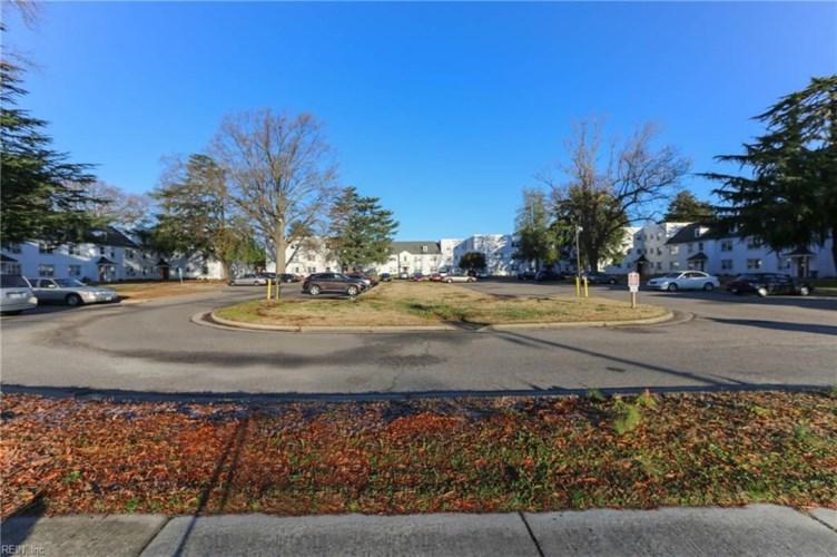 2101 Kecoughtan RD, Hampton, VA 23666