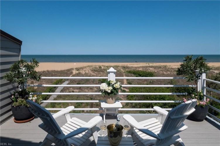6008 Ocean Front AVE #B, Virginia Beach, VA 23451
