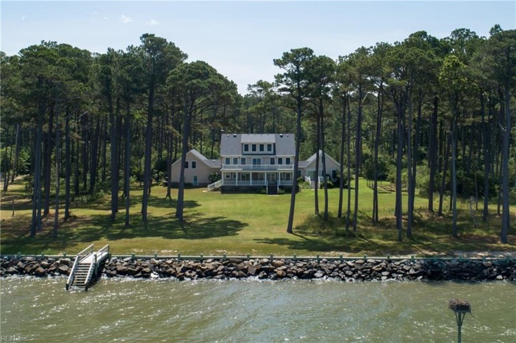 4620 Peaceful Shores DR, Northampton County, VA 23398