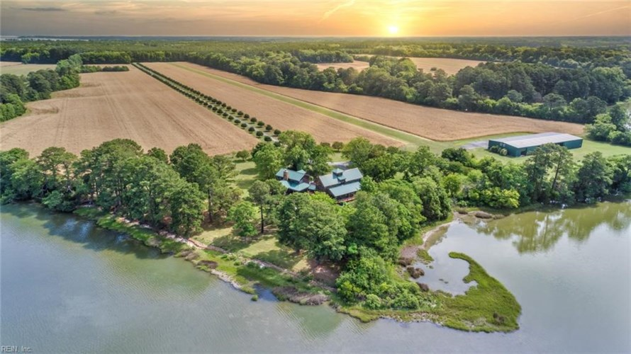 150 Smith Farm RD, Accomack County, VA 23341
