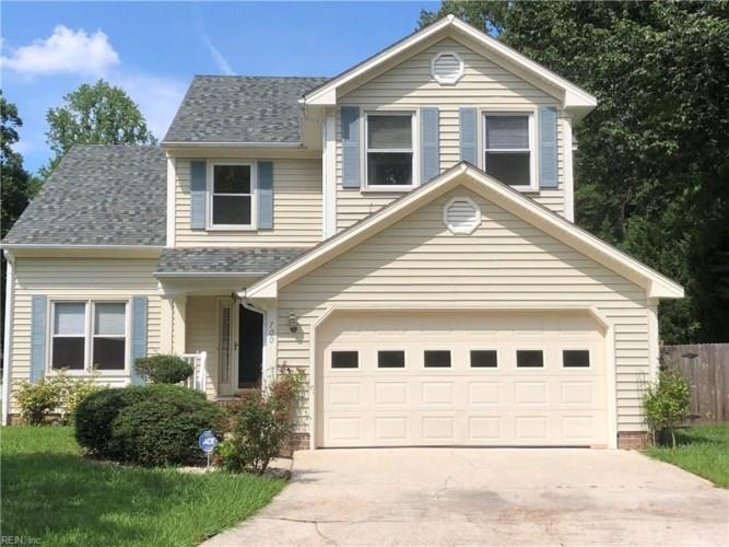 700 Hardwood CT, Chesapeake, VA 23320