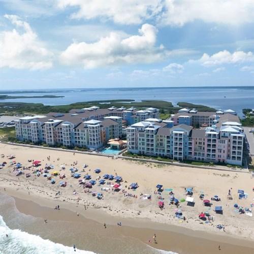3738 Sandpiper RD #206B, Virginia Beach, VA 23456