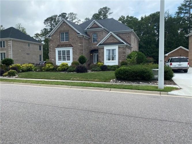 1524 Peyton LN, Chesapeake, VA 23320