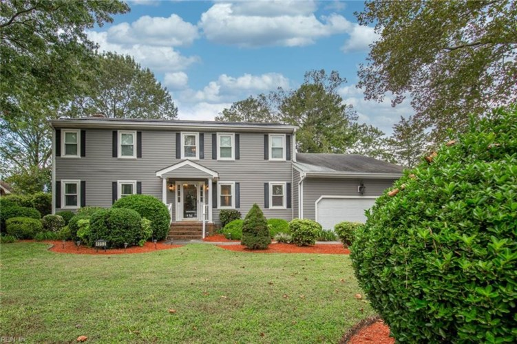 4952 Admiration DR, Virginia Beach, VA 23464