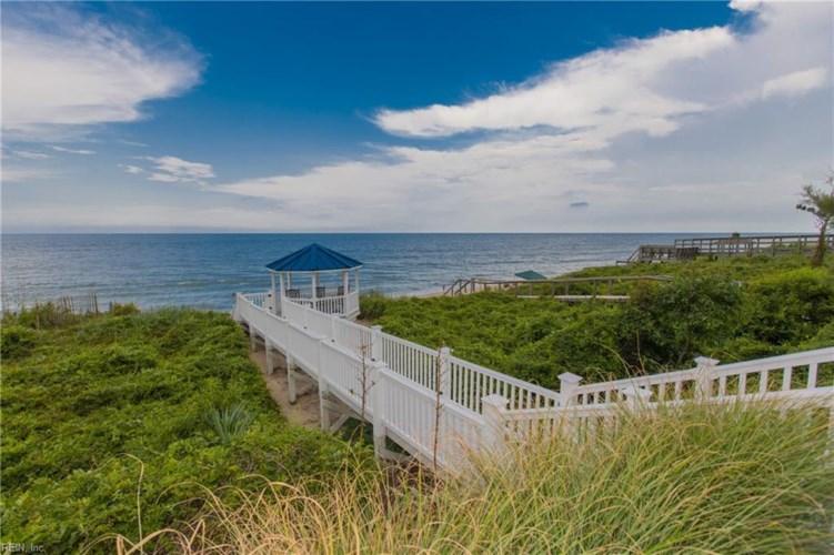702 S Atlantic AVE, Virginia Beach, VA 23451