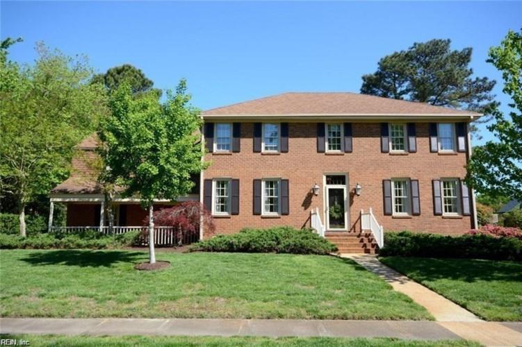3928 Oak DR E, Chesapeake, VA 23321