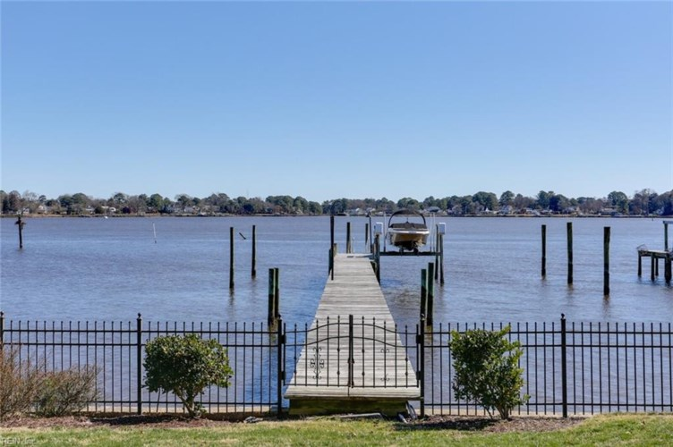 4117 Duke DR, Portsmouth, VA 23703