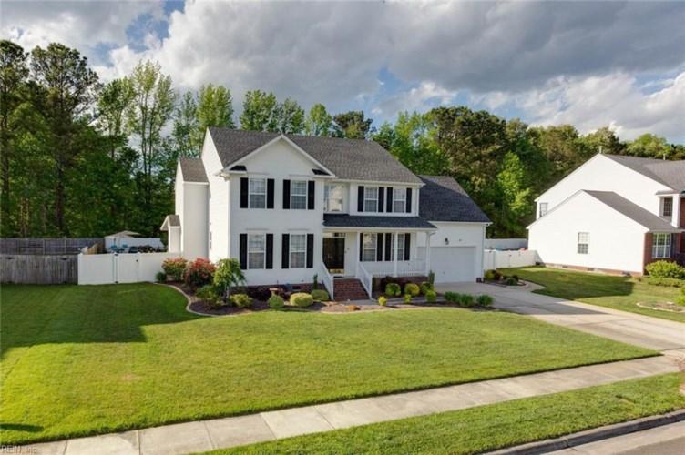 3440 Foxfield DR, Chesapeake, VA 23323