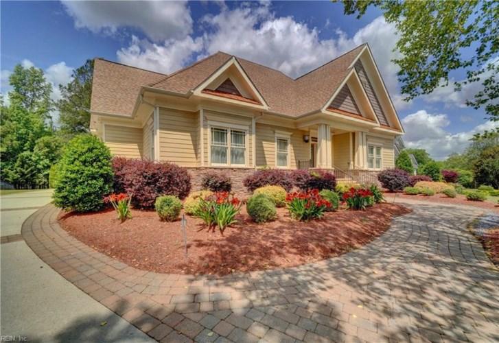5109 Summer Garden PL, Suffolk, VA 23434