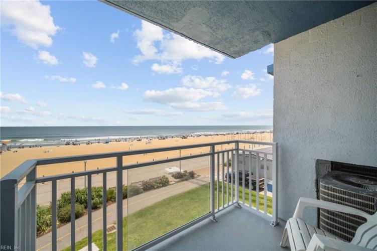 3615 Atlantic AVE #303, Virginia Beach, VA 23451