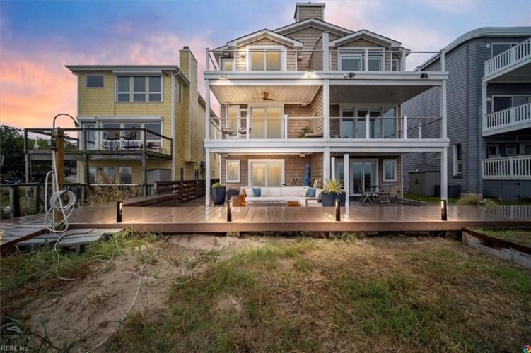4926 Lauderdale AVE #A, Virginia Beach, VA 23455