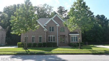 836 Forest Glade DR, Chesapeake, VA 23322
