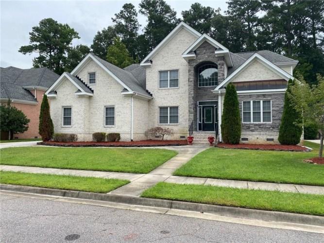 932 Country Club BLVD, Chesapeake, VA 23322