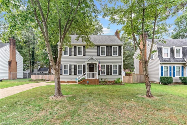 1220 Colony Pines DR, Newport News, VA 23608