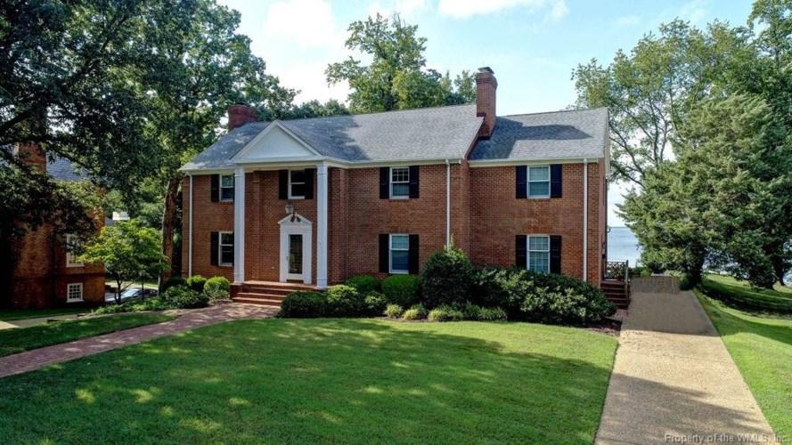 1409 Riversedge Road, Newport News, VA 23606
