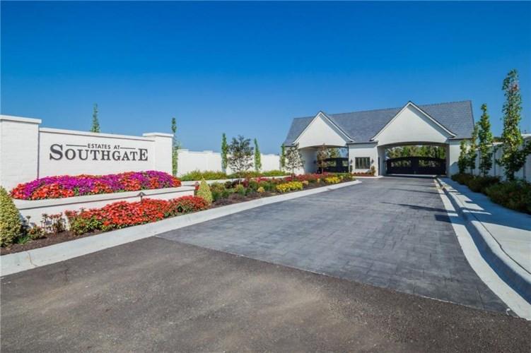 4802 Southgate Estates Circle, Rogers, AR 72758