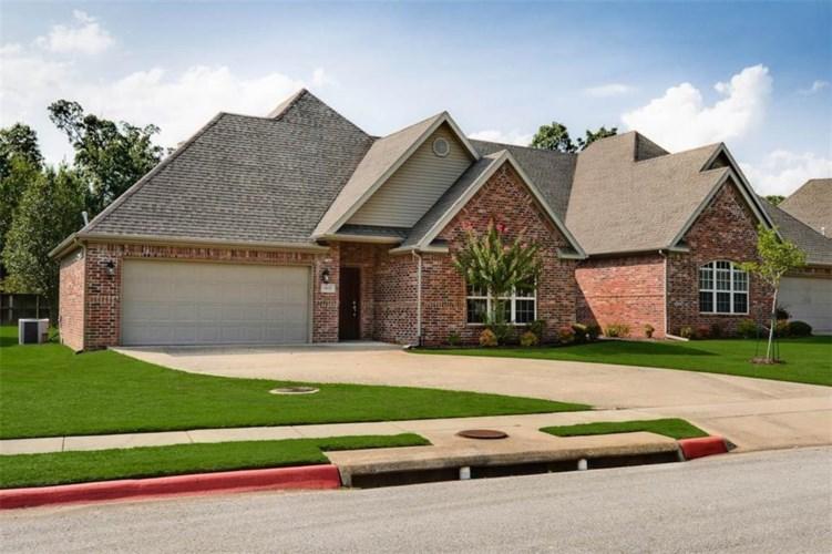 4035 Meadow View Drive, Fayetteville, AR 72703