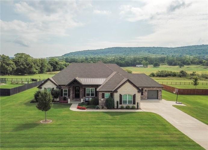 11080 Garland McKee, Prairie Grove, AR 72753