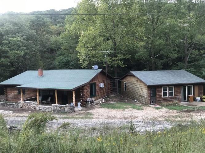 358 Nightingale Road, Eureka Springs, AR 72631