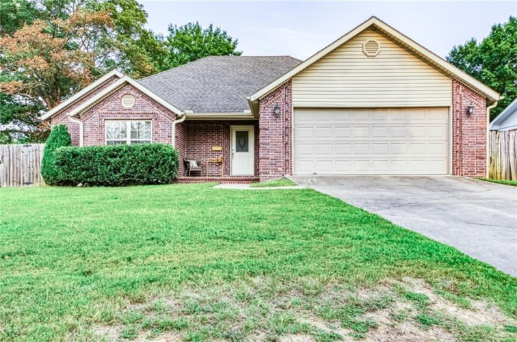 903 S 13th Place, Rogers, AR 72758