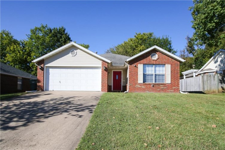 3814 Lilac Drive, Fayetteville, AR 72704