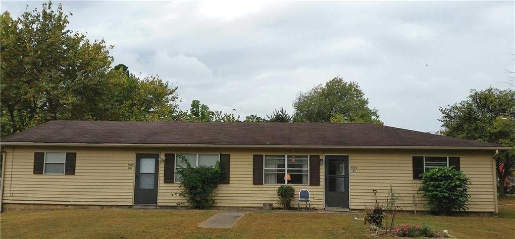 1309 S Washington Avenue  #1, Fayetteville, AR 72701