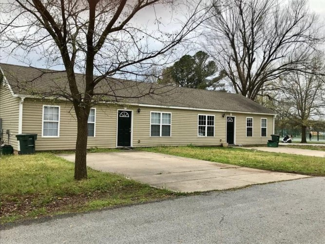 129 E Ella Street, Fayetteville, AR 72701