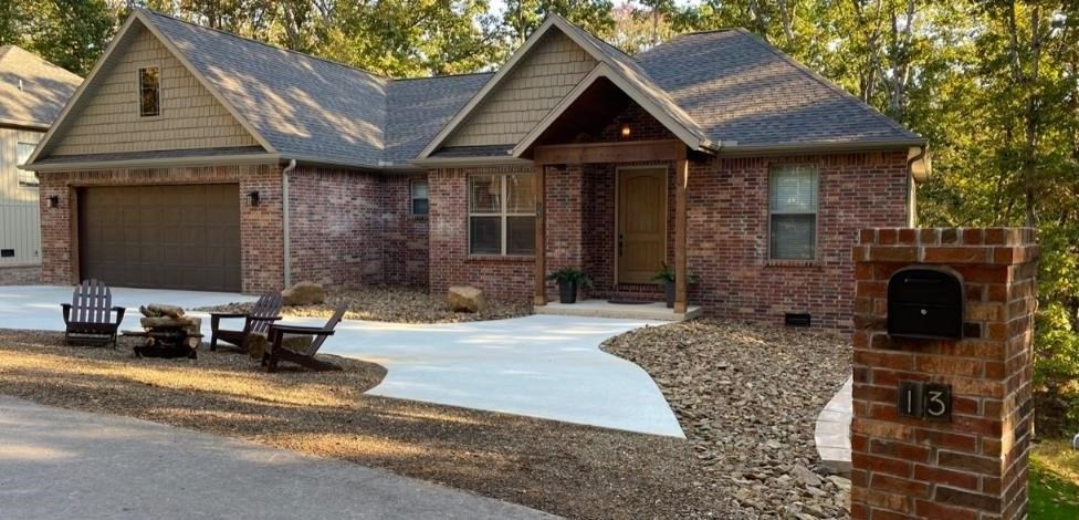 13 Cresswell Circle, Bella Vista, AR 72714