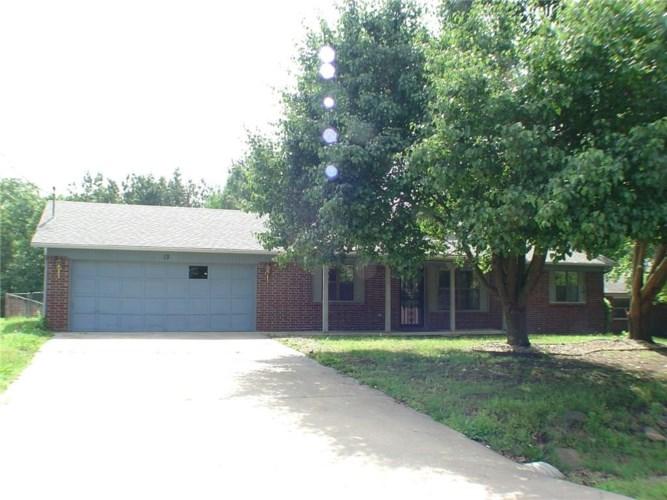 13 Dillow Lane, Bella Vista, AR 72714
