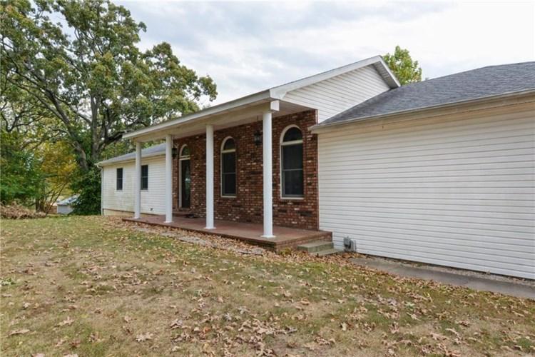 18080 Crestview Drive, Cassville, MO 65625