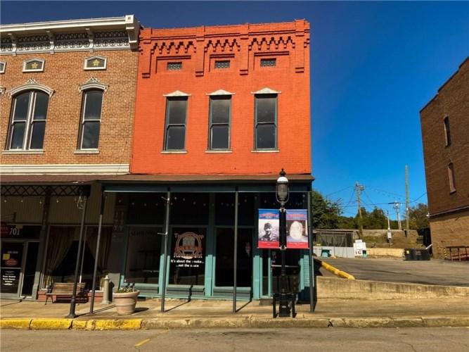 703 Main Street, Van Buren, AR 72956