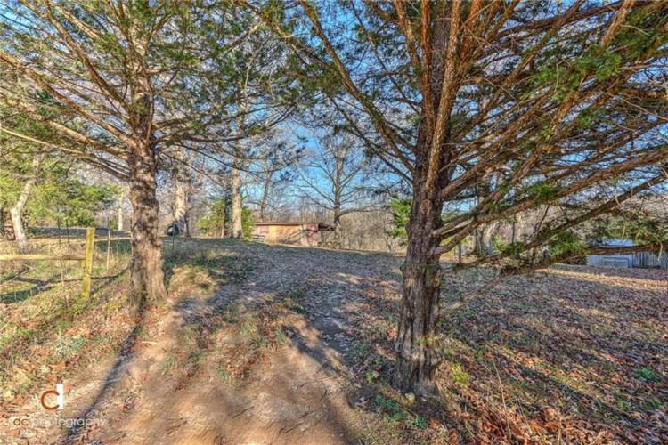 Oak Valley Drive, Rogers, AR 72756