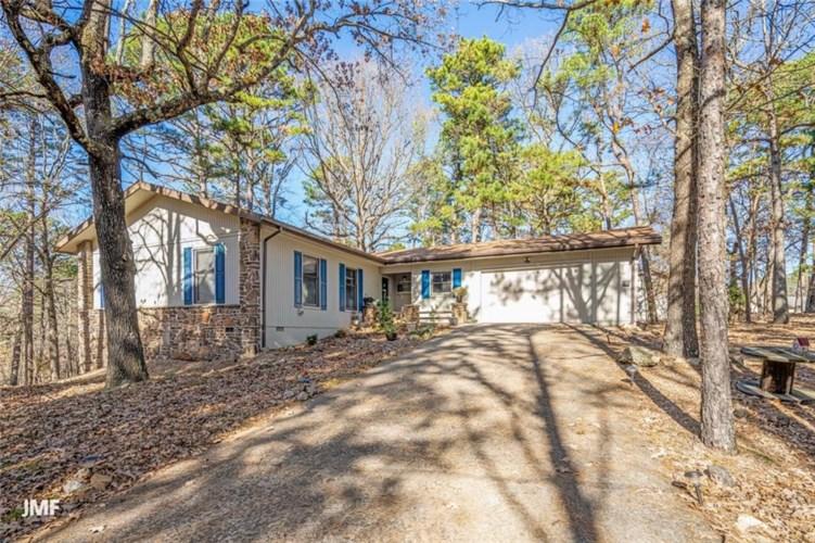 4 Gribbin Lane, Bella Vista, AR 72714