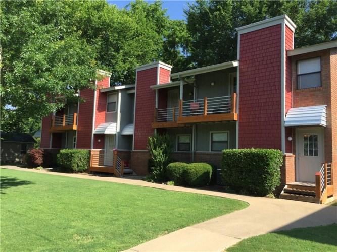 605 W Benton Street  #B, Siloam Springs, AR 72761