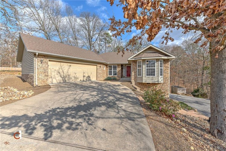 1 Boscastle Lane, Bella Vista, AR 72714