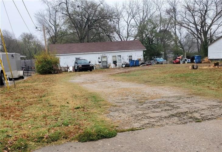 508 Bella Vista Road, Bentonville, AR 72712