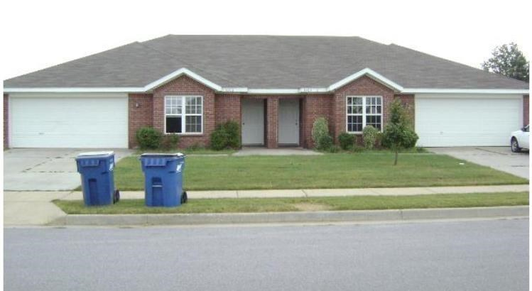 1203 Cliffstone Street, Bentonville, AR 72712