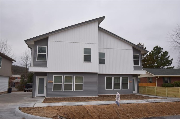 3035 and 3037 W Sandra Street  #1 and 2, Fayetteville, AR 72704