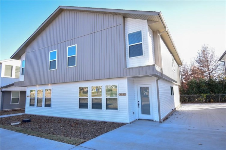 3023 and 3025 W Sandra Street  #1 and 2, Fayetteville, AR 72704