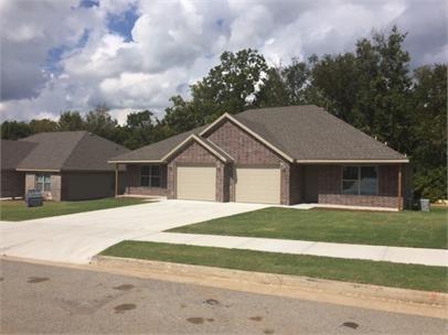 3100 SW Amberwood Avenue  #1, Bentonville, AR 72712