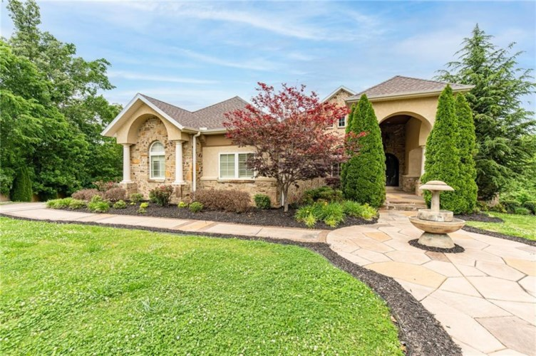 11 S Newhaven Court, Rogers, AR 72758