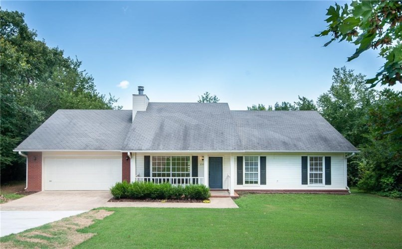 2308 Old Wire Road, Fayetteville, AR 72703
