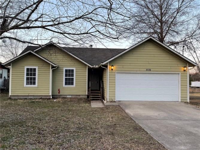 1170 W Bailey Drive, Fayetteville, AR 72701