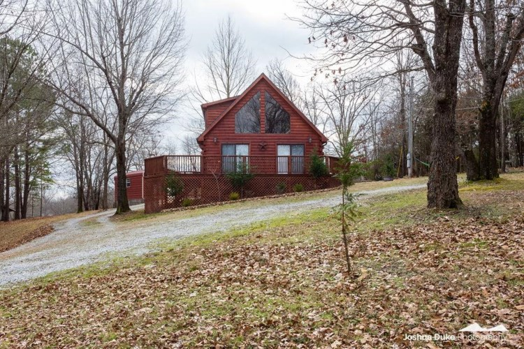 15595 Lakeview Drive, Lowell, AR 72745