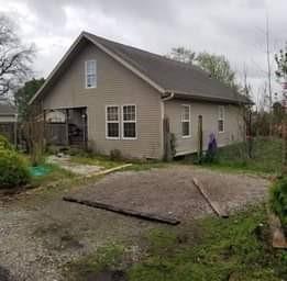 437 W Spring Street, Centerton, AR 72719